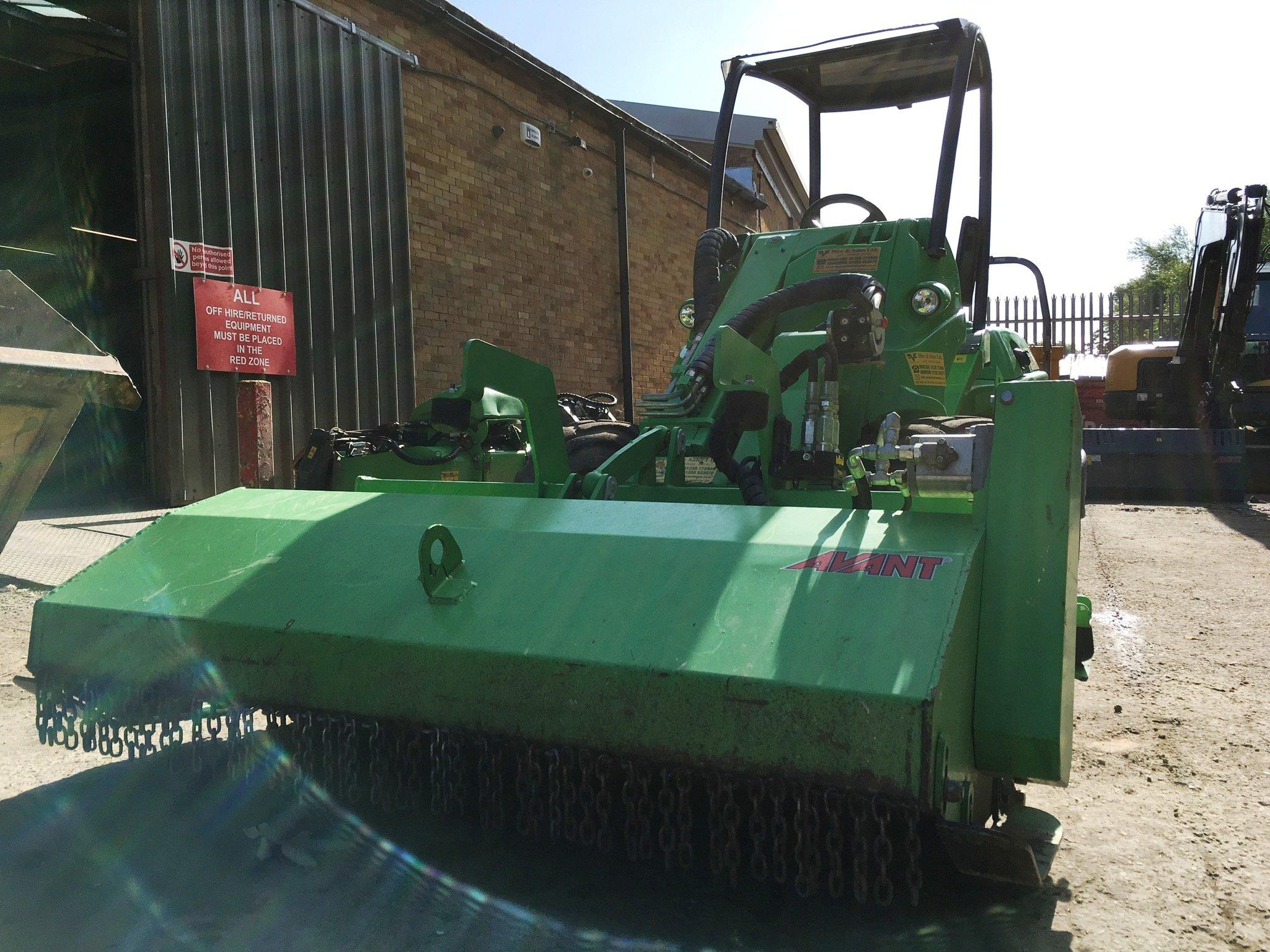 Avant loader Sales Oxfordshire attachments